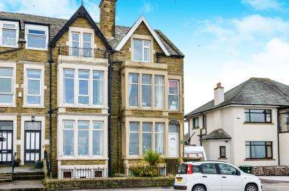 5 Bedrooms Terraced House for sale in Marine Road East, Morecambe, Lancashire, United Kingdom, LA4