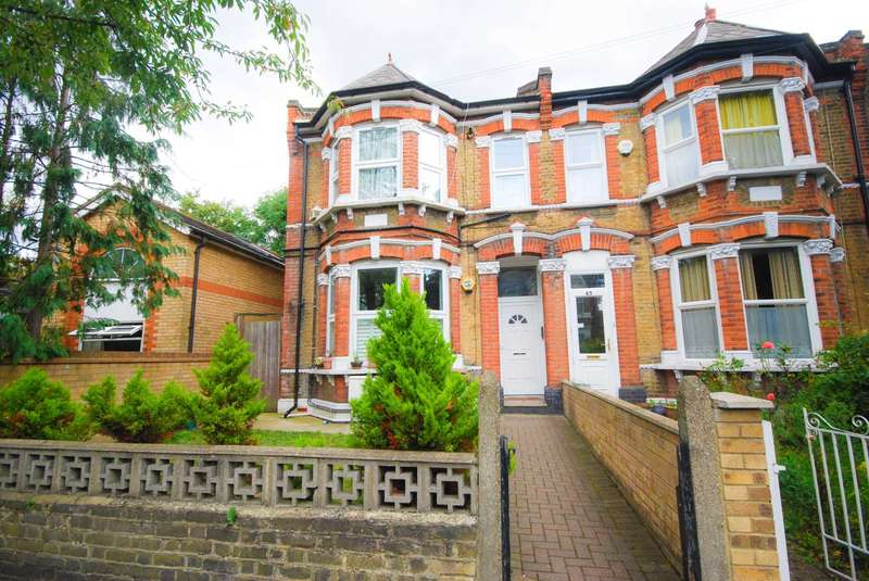 1 Bedroom Flat for sale in Fladgate Road, Leytonstone