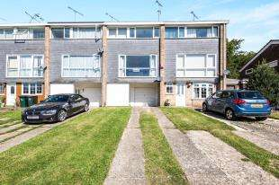 3 Bedrooms Terraced House for sale in Arden Road, Crawley, West Sussex, England
