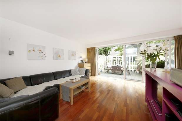 4 Bedrooms Terraced House for sale in Lings Coppice, Dulwich