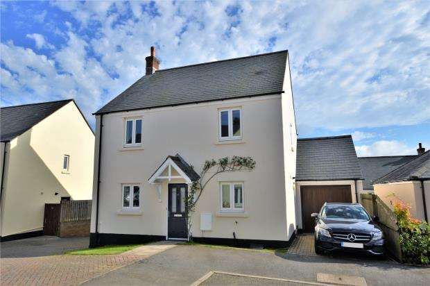 4 Bedrooms Detached House for sale in Blangy Close, North Tawton