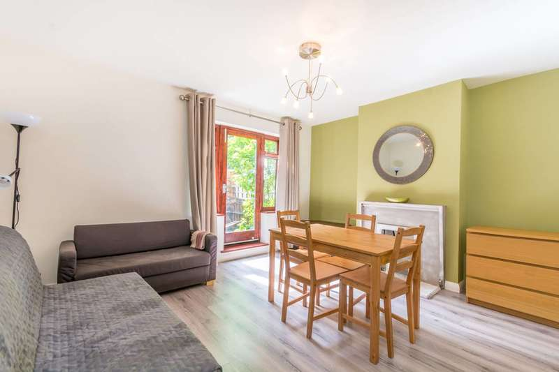 2 Bedrooms Flat for sale in Cluse Court, Angel, N1