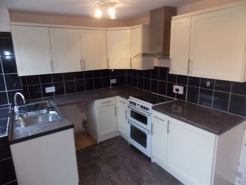 2 Bedrooms Semi Detached House for sale in Northleach Dr , Middlesbrough, TS8 9PP
