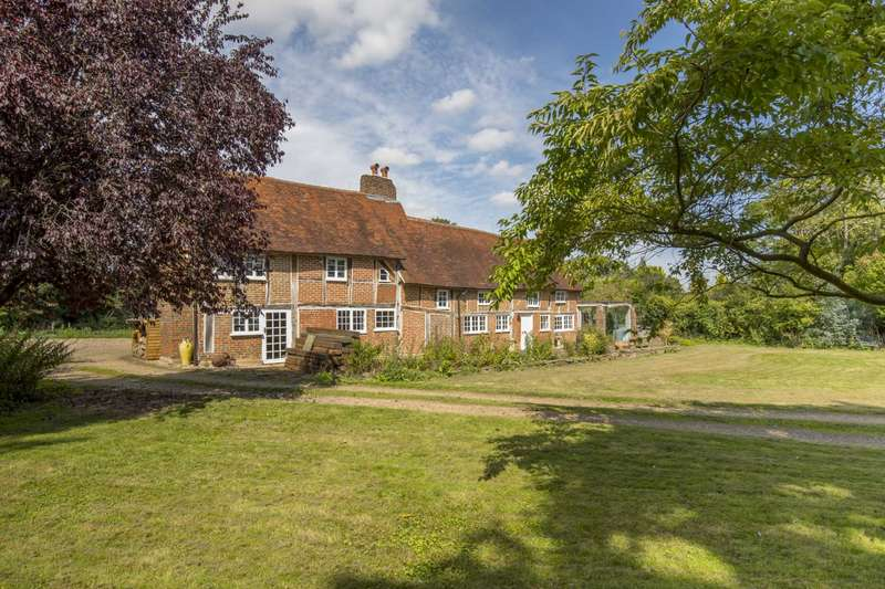 3 Bedrooms Detached House for sale in Westwick Row, Leverstock Green