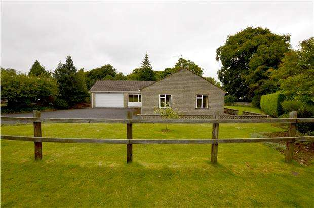 3 Bedrooms Bungalow for sale in Burleigh Tor, Stroud, Gloucestershire, GL5 2PZ