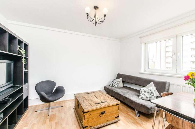 3 Bedrooms Flat for sale in Eversholt Street, Camden, NW1