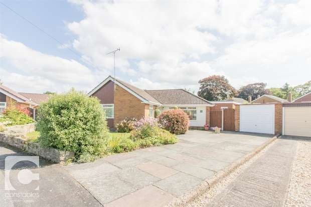 3 Bedrooms Detached Bungalow for sale in Field Hey Lane, Willaston, Neston, Cheshire