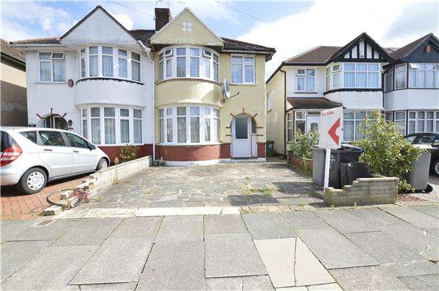 3 Bedrooms Semi Detached House for sale in Sandhurst Road, KINGSBURY, NW9 9LN