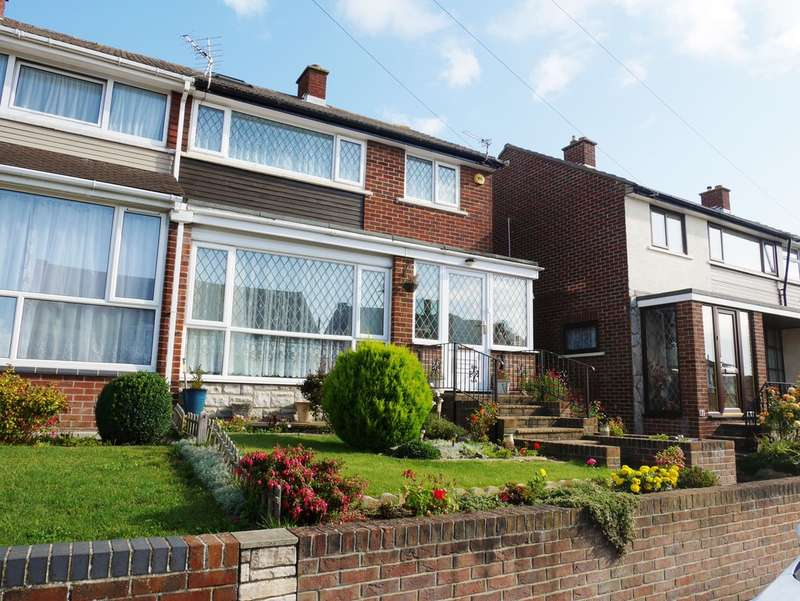 3 Bedrooms Semi Detached House for sale in East Cosham, Hampshire