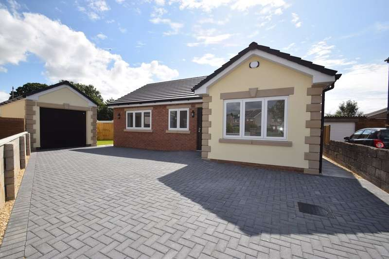 3 Bedrooms Detached Bungalow for sale in New Bungalow, Greenwood Close, Litchard, CF31 1PJ