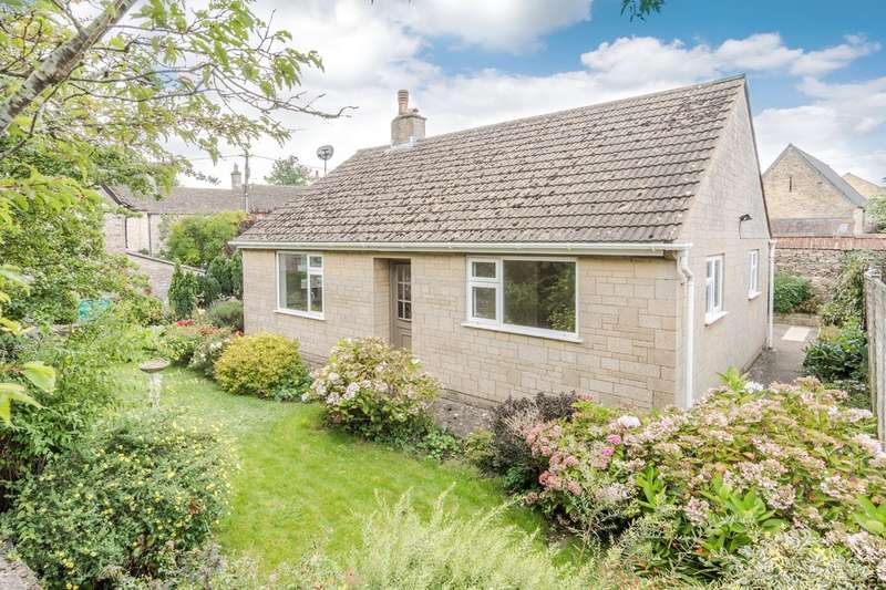2 Bedrooms Detached Bungalow for sale in Noble Street, Sherston