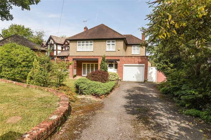 3 Bedrooms Detached House for sale in Warren Road, Ickenham, Uxbridge, Middlesex, UB10