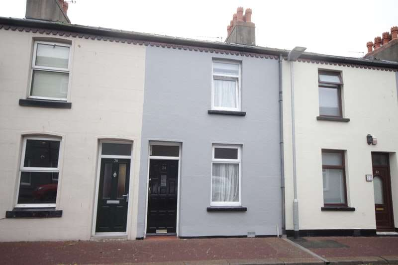 2 Bedrooms Terraced House for sale in Wallace Street, Barrow in Furness, Cumbria, LA14