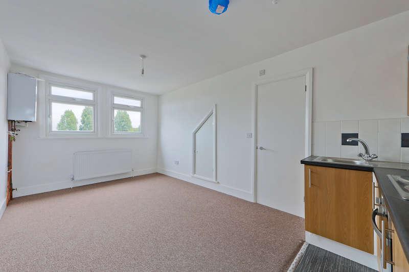 1 Bedroom Flat for sale in Jackman Mews, North Circular Road, London