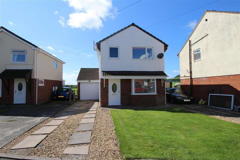 3 Bedrooms Detached House for sale in Mountbatten Way, MILLOM