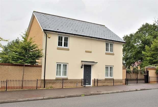4 Bedrooms Detached House for sale in Little Canfield, Dunmow, Essex
