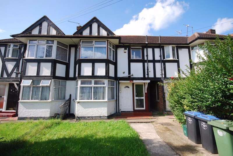 2 Bedrooms Maisonette Flat for sale in HIGHCROFT AVENUE, WEMBLEY, MIDDLESEX, HA0 1TG