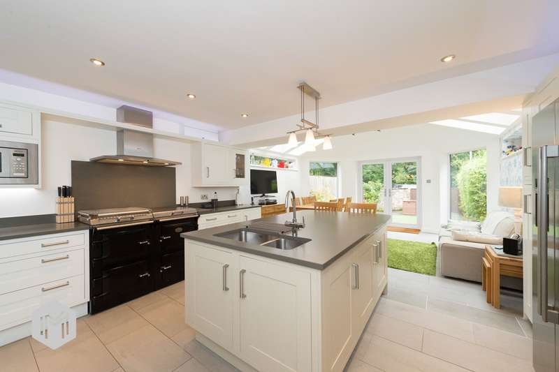 4 Bedrooms Semi Detached House for sale in Wellington Mews, Turton, Bolton, BL7