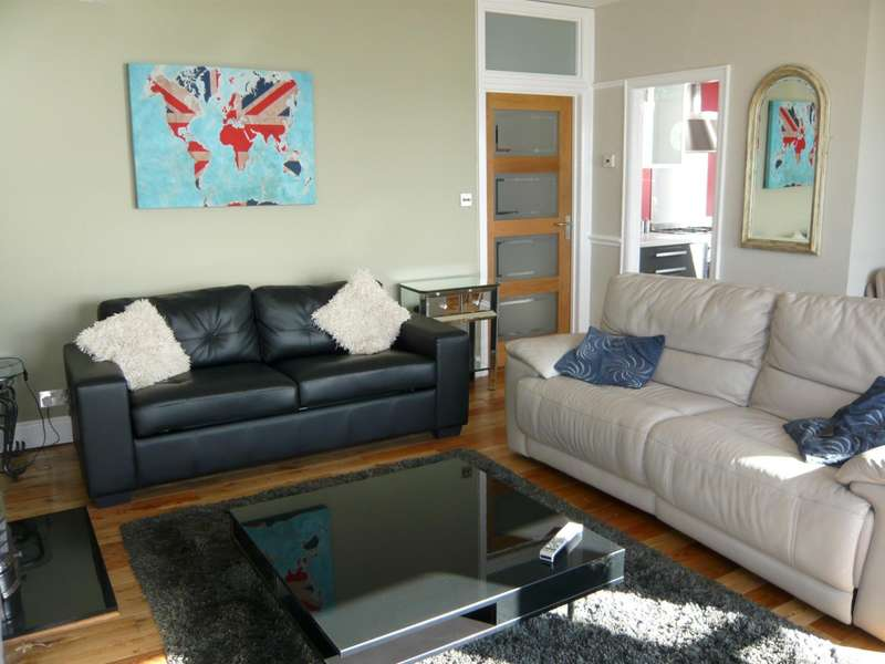 2 Bedrooms Flat for rent in Marine Parade, Brighton