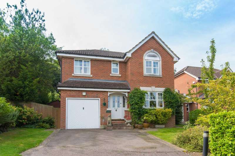 4 Bedrooms Detached House for sale in Paynes Field Close, Northchurch