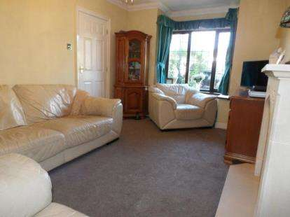 3 Bedrooms Semi Detached House for sale in The Meadows, Colne, Lancashire, BB8