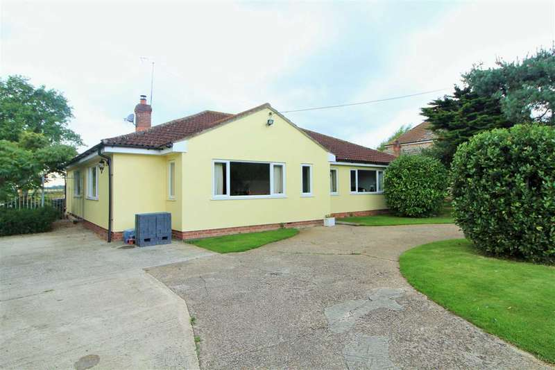 3 Bedrooms Bungalow for sale in Hillcrest, Layer Breton Hill, Layer Breton, Colchester