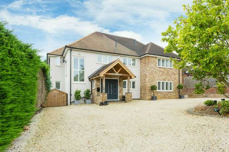 5 Bedrooms Detached House for sale in The Mount, Rickmansworth, Hertfordshire, WD3 4DW