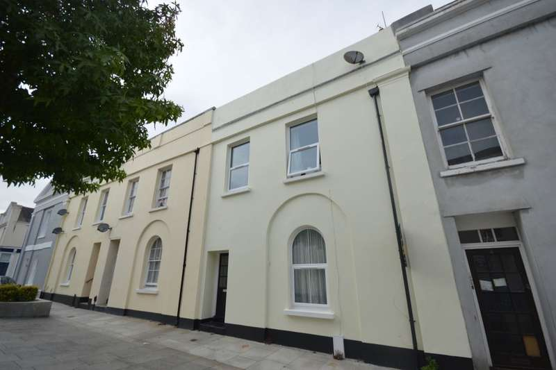 2 Bedrooms Flat for sale in Adelaide Street, Stonehouse, Plymouth, PL1