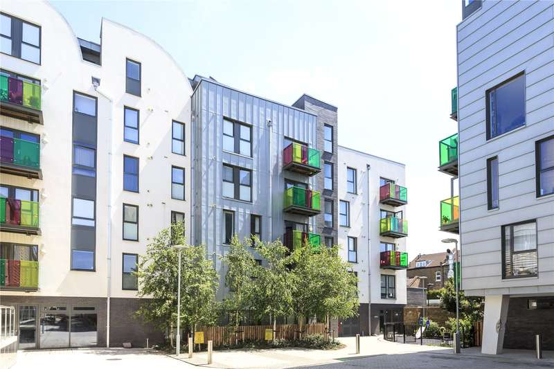 1 Bedroom Flat for sale in Bicycle Mews, London, SW4
