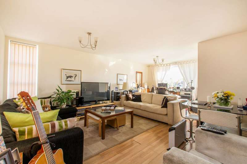 2 Bedrooms Flat for sale in Primrose Place, Isleworth, TW7