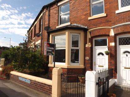3 Bedrooms Semi Detached House for sale in Margaret Road, Penwortham, Preston, PR1