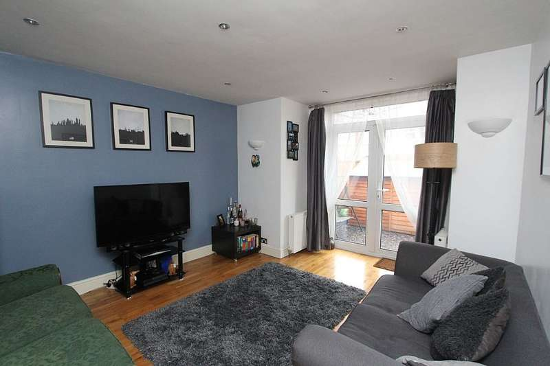 2 Bedrooms Ground Flat for sale in 77 Vancouver Road, London, London, SE23 2AH