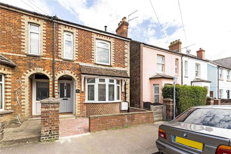 3 Bedrooms Semi Detached House for sale in Adelaide Road, Chichester, West Sussex, PO19