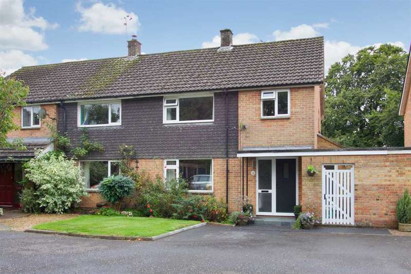 3 Bedrooms Semi Detached House for sale in Dances Lane, Whitchurch
