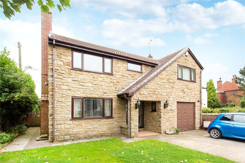 4 Bedrooms Detached House for sale in Orchard House, Main Street, Kellington, DN14