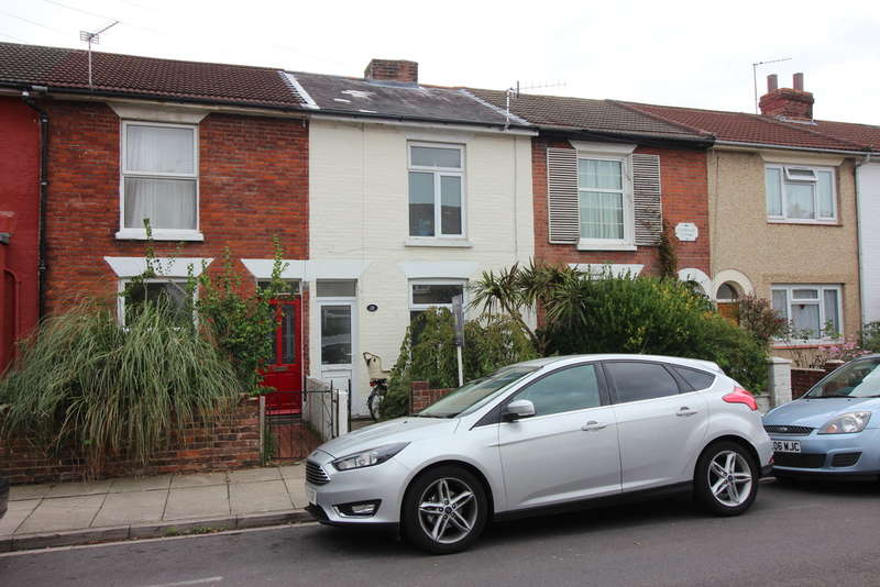 2 Bedrooms Terraced House for sale in Goodwood Road, Southsea