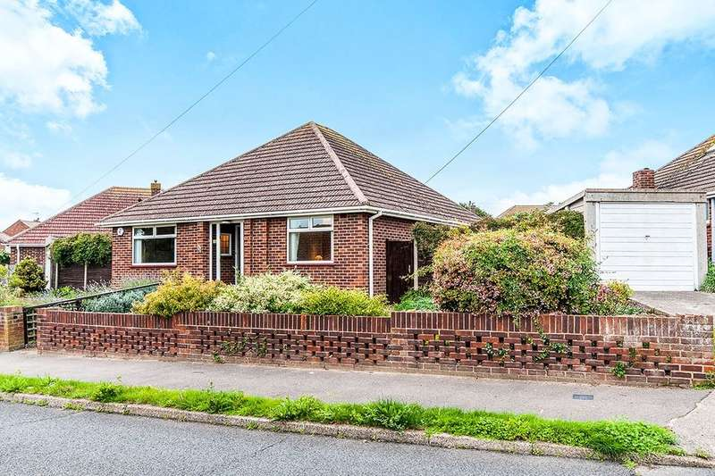 3 Bedrooms Detached Bungalow for sale in Rydal Avenue, Ramsgate, CT11