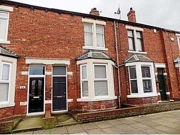 3 Bedrooms Terraced House for sale in Tullie Street, Carlisle, CA1 2BA