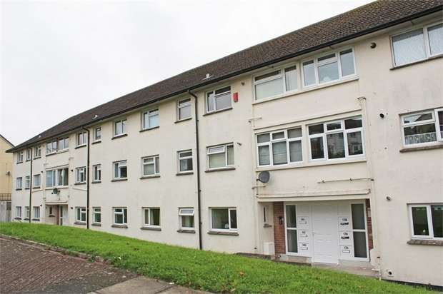 2 Bedrooms Flat for sale in Fegen Road, Plymouth, Devon