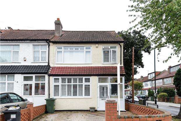 3 Bedrooms End Of Terrace House for sale in Helmsdale Road, LONDON, SW16 5XQ
