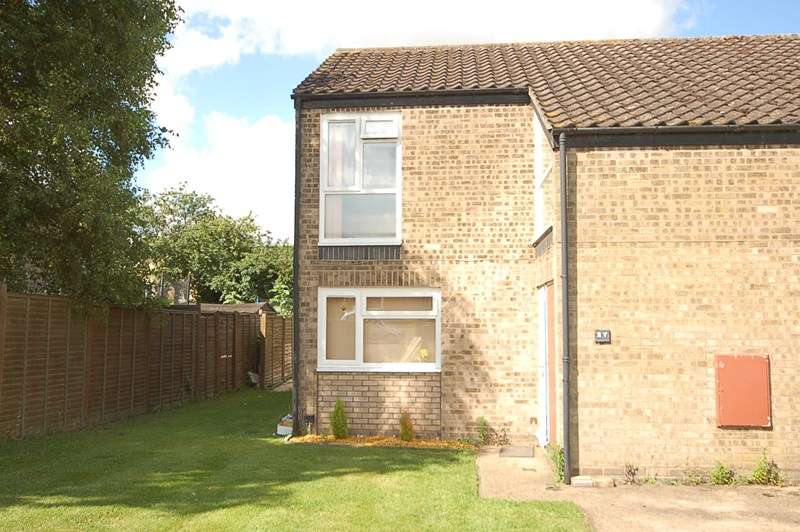 2 Bedrooms End Of Terrace House for sale in Eriswell Drive, Lakenheath, BRANDON