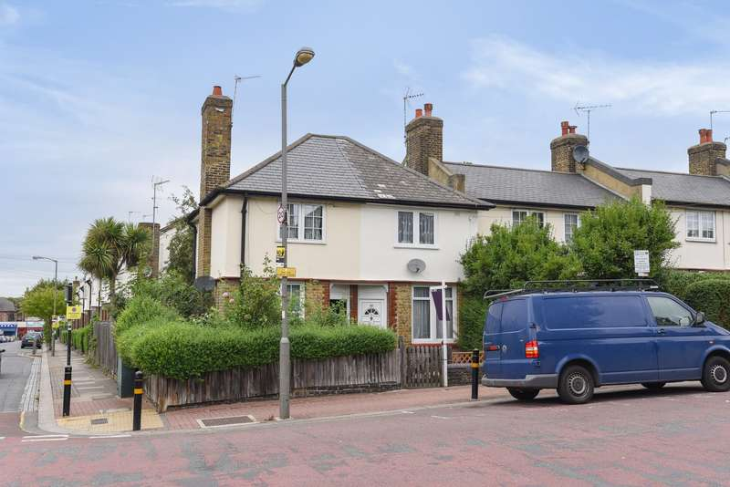 2 Bedrooms House for sale in Blakenham Road, Tooting, SW17