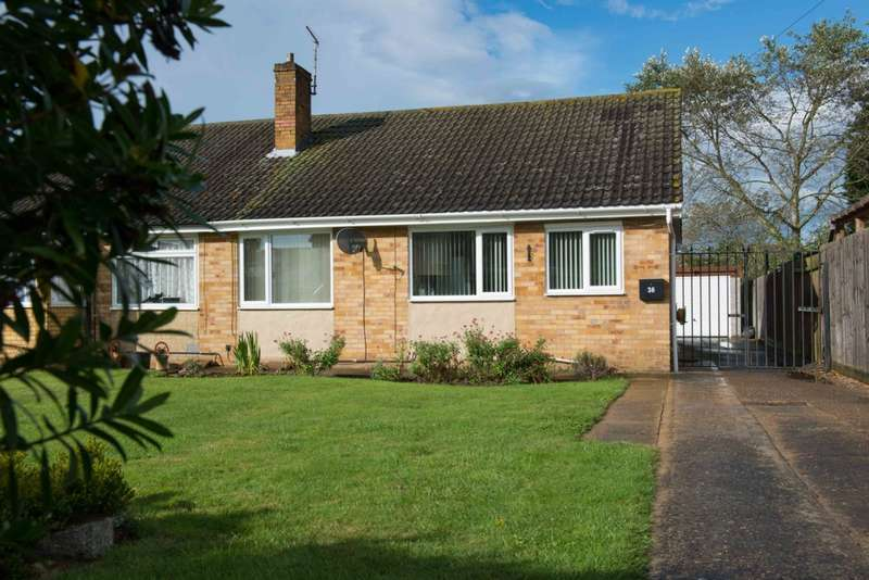 3 Bedrooms Bungalow for sale in St Mary's Close, Thorney, PE6