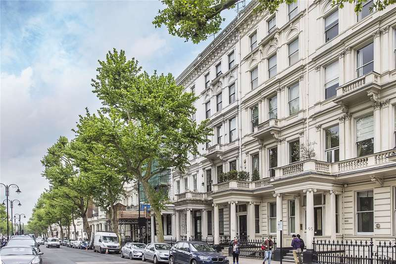 2 Bedrooms Flat for sale in Queen's Gate, London, SW7