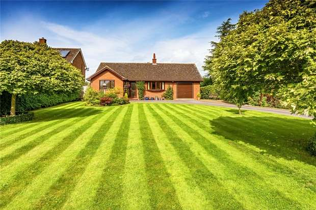 2 Bedrooms Detached Bungalow for sale in Charlton, Telford, Shropshire