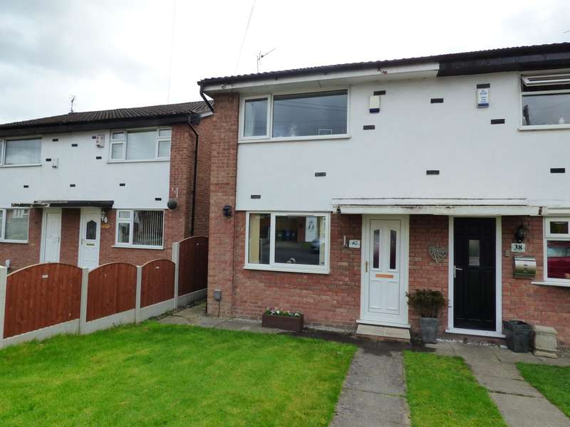2 Bedrooms Semi Detached House for sale in Siskin Road, Offerton, Stockport