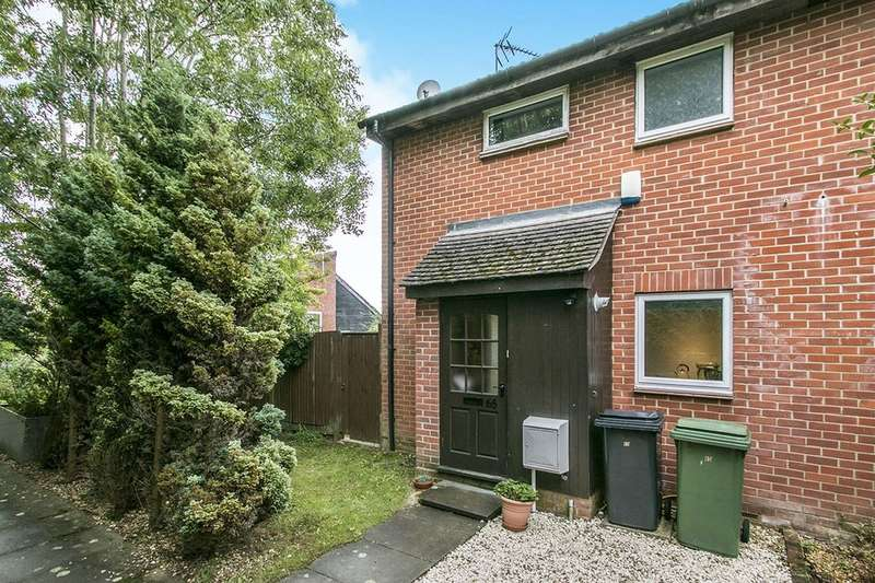 1 Bedroom Semi Detached House for sale in Lowden Close, Winchester, SO22