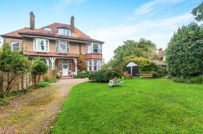 4 Bedrooms Semi Detached House for sale in Exmouth, Devon, .