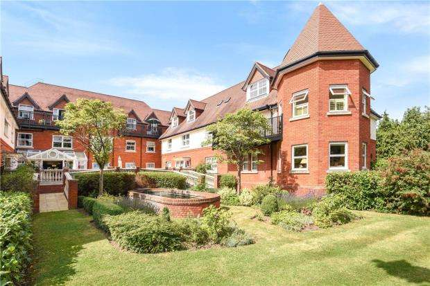 1 Bedroom Apartment Flat for sale in The Ambassador, London Road, Sunningdale