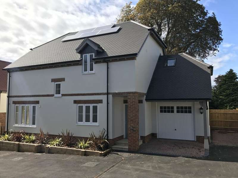 3 Bedrooms Detached House for sale in 3 GARDEN HOUSE, WIMBORNE